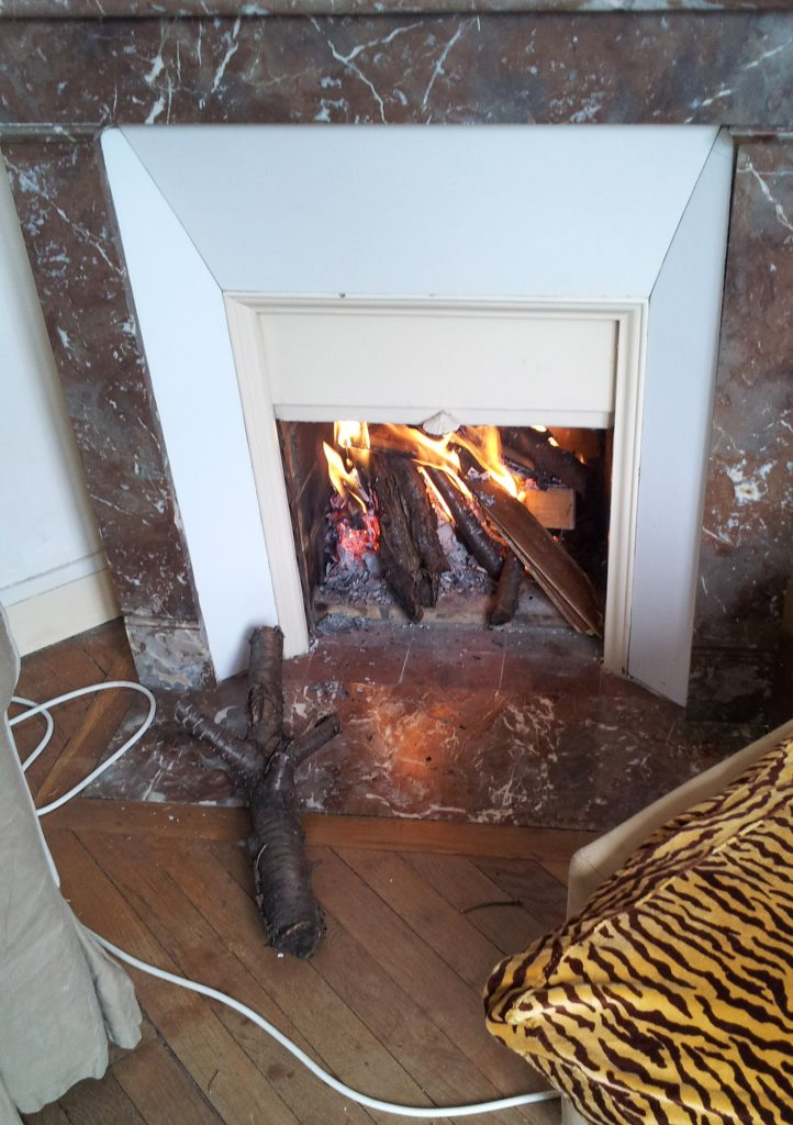 ramonage gestime. Black Bedroom Furniture Sets. Home Design Ideas